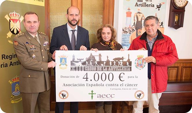 El Cross de la Artillería dona 4.000 euros a la lucha contra el cáncer